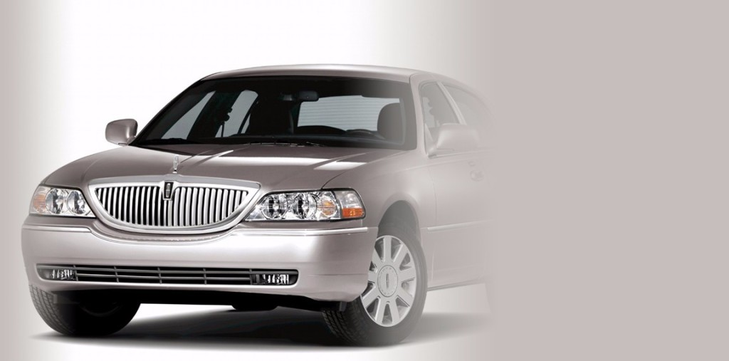 Lincoln-Town-Car-Rental-in-Staten-Island-New-York